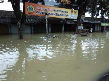 Banjir di Pasar Benjeng