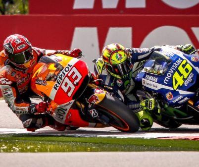 Rossi vs Marquez - Assen 2015